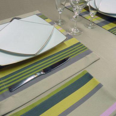 Set de table en tissu jaune et beige MIREPOIX