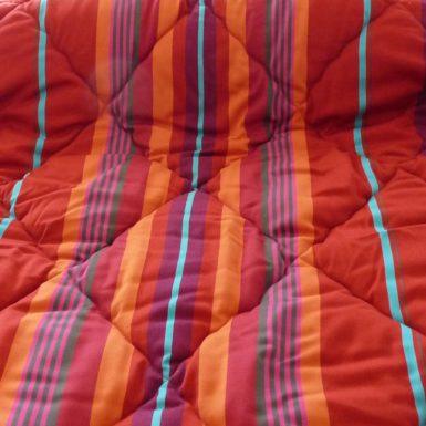 Couette polyester et tissu coton coloré