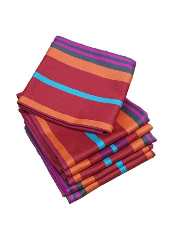 serviette-de-table-rouge-mirepoix