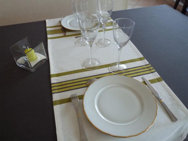 Chemin de table en coton vert et blanc PUIVERT