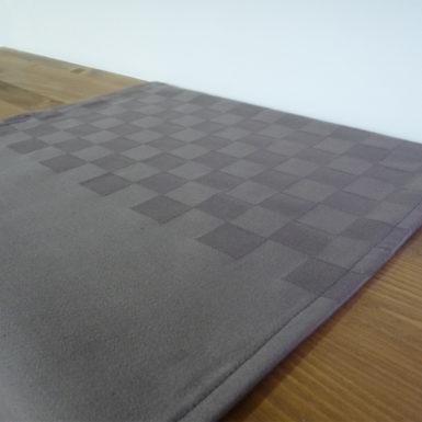 Chemin de table en coton gris ROQUEFIXADE