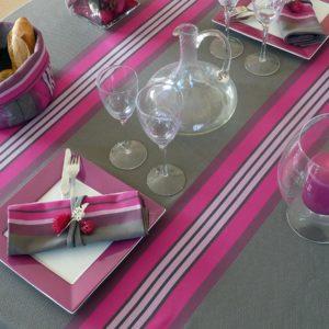 Nappe de table fuchsia et grise PUIVERT