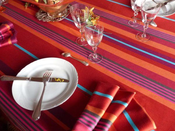 Nappe de table rouge MIREPOIX