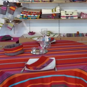 Nappe de table rouge MIREPOIX