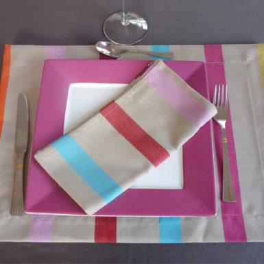 set-de-table-rectangulaire-tissu-beige-tutti-frutti