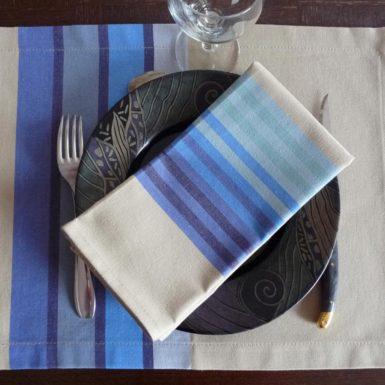 set de table tissu bleu authentique