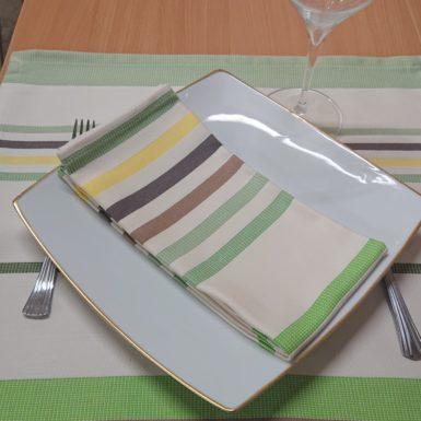 set-de-table-vert-camon