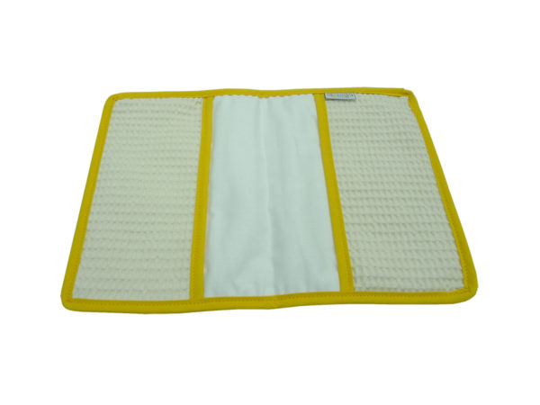 Protège carnet de santé en nid d'abeille broderie Sucette